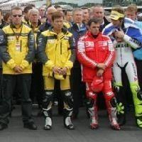 Moto GP: Australie: L'hommage du paddock à Abe