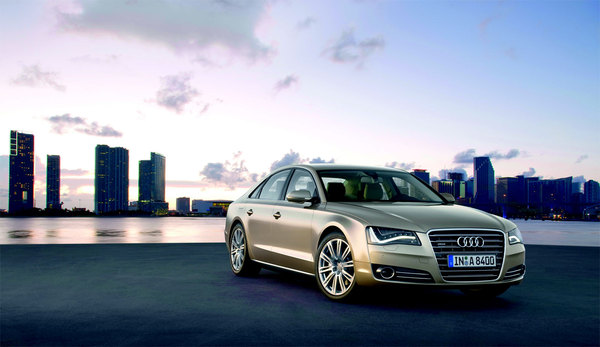 Nouvelle Audi A8 : grosse A4 officielle (104 photos HD)