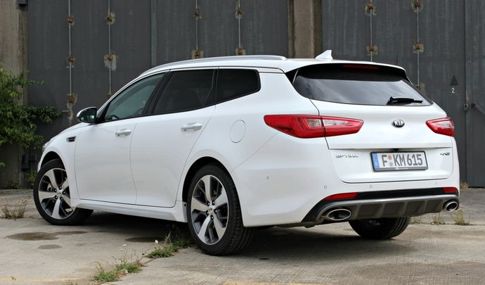 La Kia Optima SW arrive en concession : belle mais cela ne suffit pas