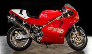 Bonhams: 75 motos au Barber Muséum le 10 octobre: sur deux...