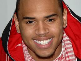 Chris Brown inculpé pour délit de fuite