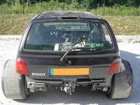 Aprés la 205 Supra, voila la Renault Twingo V8 !!!