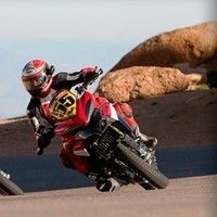 Commandez une Ducati Multistrada et tentez de gagner un voyage à Pikes Peak.