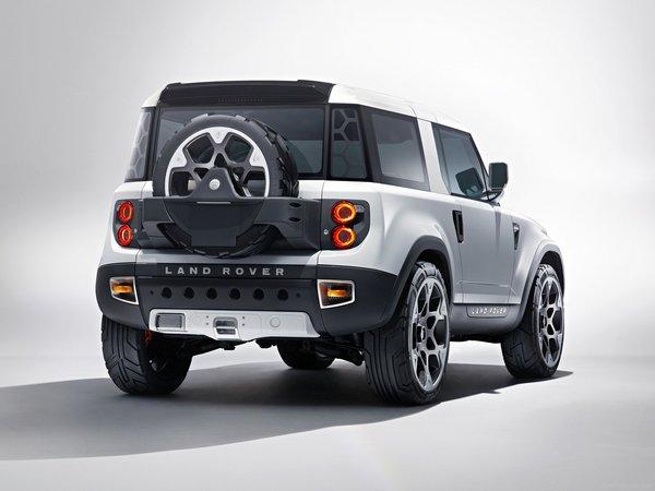 Land Rover Defender: le successeur attendu en 2016