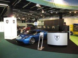Le Tesla Roadster, une bombe électrique au Pavillon Vert