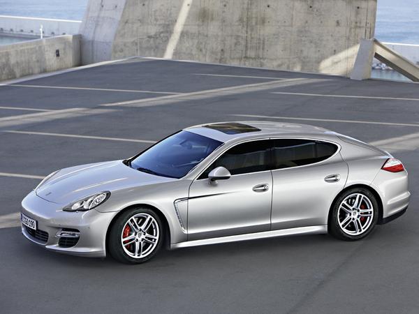 La Porsche Panamera rallongée pour la Chine