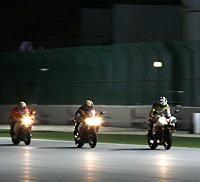 Moto GP - Qatar 2008: Un quintet pour une nuit