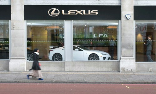 Lexus LFA : elle sera vendue en Europe, pas louée