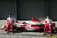 GP d'Australie : Colin Kolles crie au scandale