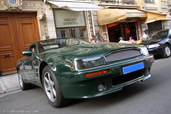 Photos du jour : Aston Martin V8 Coupé