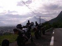Voyage à moto : l'avant