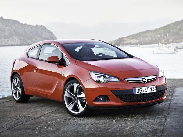 L'Opel Astra GTC reçoit le nouveau moteur essence SIDI