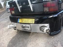 Saucisse du vendredi : Renault 19 trou de balle