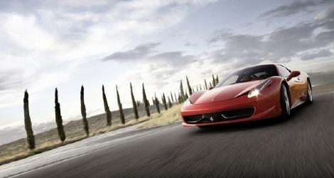 Ferrari 458 Italia : voiture et supercar de l'année pour Top Gear Magazine