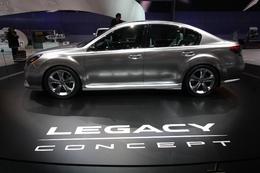Subaru recycle à Genève : Legacy concept et R1 e