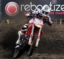 Motocross mondial : Antonio Cairoli gagne la seconde manche malgré deux chutes et une sortie de piste