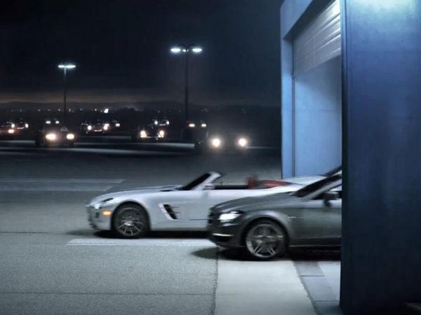 [Vidéo] Les Mercedes SLS AMG Roadster et Classe C Coupé s'échappent