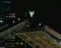 Vidéo : Robbie Maddison flip le Tower Bridge de Londres