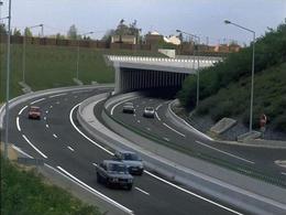 Le tunnel de l'A86 fermé à la suite d'un vol de câbles en cuivre