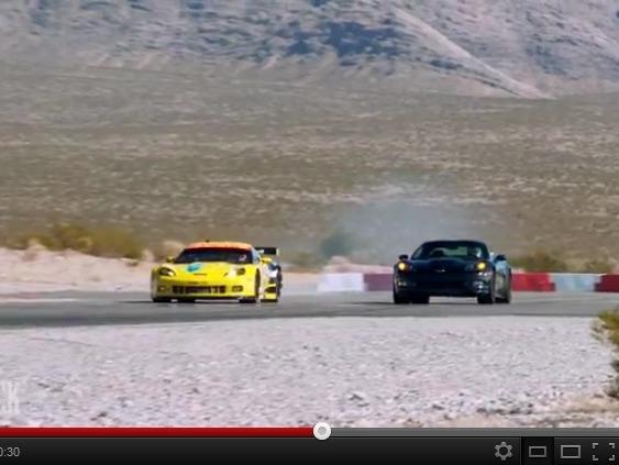 Drag Race : Corvette ZR1 vs C6.R GT2, qui l'emporte sur un 400 m DA ?
