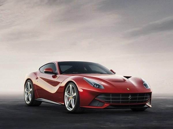 Salon de Genève 2012 : voici la Ferrari F12 Berlinetta [Ajout vidéo]