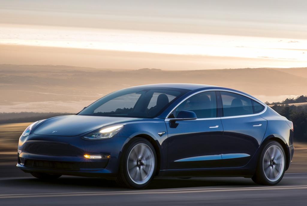 Dans le rouge au troisième trimestre — Tesla