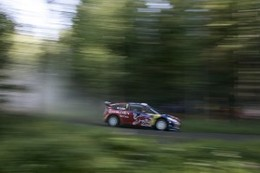 WRC Finlande : Loeb, français volant, Latvala finlandais perdant