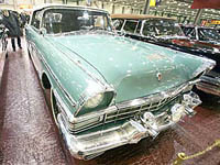 Moscou rend hommage aux voitures de ses dirigeants