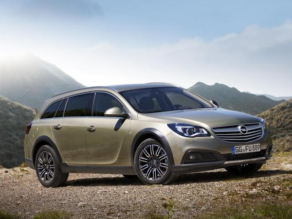 Opel dévoile l'Insignia Country Tourer