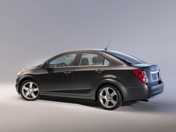 Genève 2011 : Chevrolet Aveo quatre portes, comme Sonic