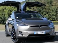 Essai vidéo - Tesla Model X : navette spéciale