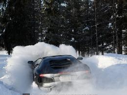 Lamborghini Aventador : 4 roues motrices vraiment ?