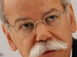"""Dieter Zetsche, PDG chez Daimler : """"personne ne gagne d'argent avec les véhicules électriques"""""""