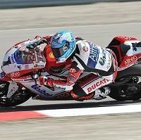 Superbike - Miller Park M.2: Carlos Checa prend ses distances
