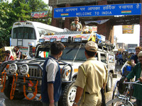 Vente de Hummer : Mahindra & Mahindra fait le forcing