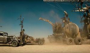 La production du film Mad Max : Fury Road dévoile des scènes brutes spectaculaires