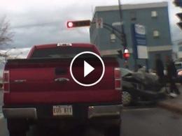 Québec : une piétonne évite une voiture d'extrême justesse