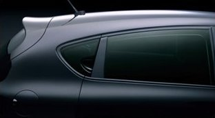 Série Spéciale SEAT Leon FR Yvan Muller TDI 170 ch : une Seat pour les courses