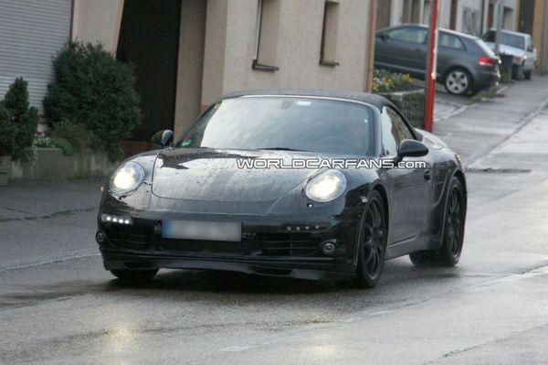 Spyshot : la prochaine Porsche 911 de retour sur les routes