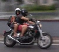"""Vidéo moto : """"je risque ma peau mais je m'en fous"""""""
