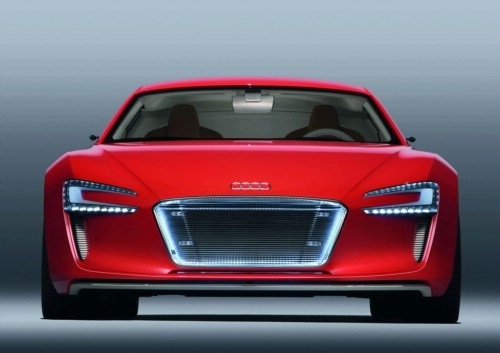 Audi : seulement 1000 e-tron dans les rues en 2012