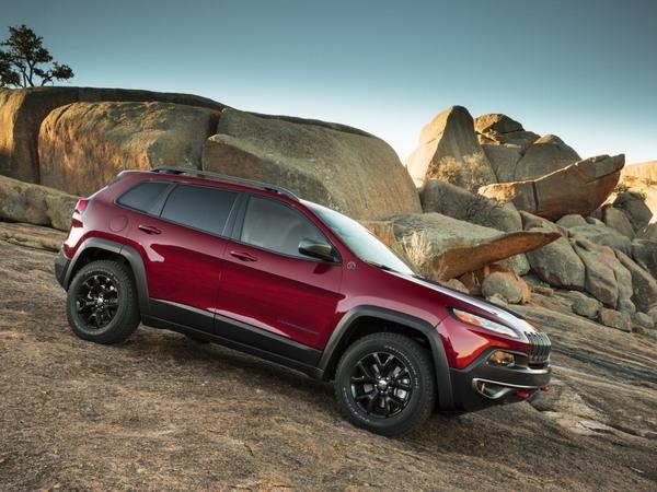 Un SRT Jeep Cherokee en préparation ?