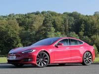Etude : une Tesla Model S émet plus de CO2 qu'une citadine essence, mais pas partout