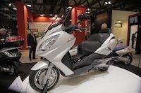 Salon de Milan En Direct : Peugeot Satelis 400 cm3