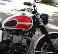 """Triumph T100 """"Moto Legend"""" façon Élysée Paris"""