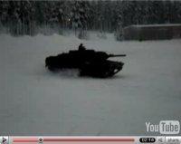 La vidéo du jour : un char driftant sur glace !