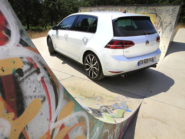 Essai vidéo - Volkswagen Golf GTI 7 : grand-mère est une rockstar