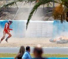 Moto GP - Espagne D.1: Stoner meilleur chrono dès le début et une chute à la fin