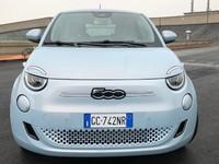 Fiat 500 électrique : les premières images de l'essai