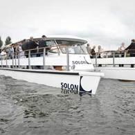 Tourisme : un catamaran électro-solaire lancé à Berlin
